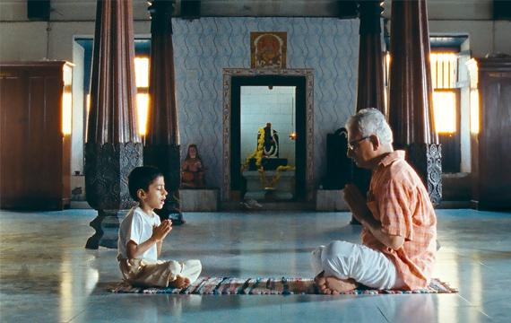 『聖なる呼吸:ヨガのルーツに出会う旅』近代ヨガの父 の教えに迫る