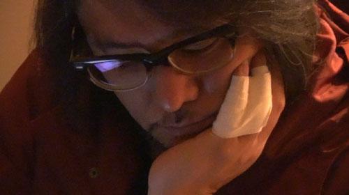 佐村河内氏のゴーストライター騒動を森達也監督が撮る『FAKE ディレクターズ・カット版』