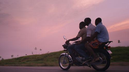 """カンヌが認めた日本人監督が描く""""移民""""の物語『リベリアの白い血』"""