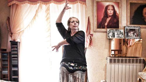 伝説のフラメンコダンサーの波乱万丈な人生と情熱を描いた『ラ・チャナ』